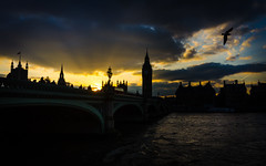 Westminster Bridge (@Tuomo) Tags: bridge winter sunset london westminster thames river nikon coolpix travelphotography coolpixa