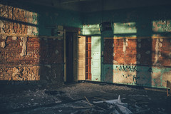 Phillips Middle School (shannxn) Tags: school ohio urban abandoned classroom exploring urbanexploration middle academic urbex