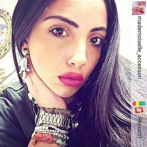 ✨🌺la bellissima Martina indossa orecchini Rossi ❤️e crystal 💎firmati @younique_accessori ✨🔝💯 #RepostIt_app foto @mademoiselle_accessori #rivenditoriautorizzati #clientibelle #clientiuniche #younique