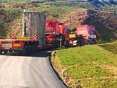 West of Scotland (Paul.Bevan) Tags: man tag v8 hillclimb haulage stgo cat3 heavyhaulage westofscotland spcialiste r580 tractorunit scannia convoiexceptionnel transformerdelivery n600grf