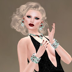 MVL- GRAND FINAL - FORMAL GOWN (Jaily -Miss VLMxico 2016) Tags: mxico vintage mexico blog formal blogger blogging challenge league challenges icequeen rosemaryclooney redgrave atias edithhead formalgown chopzuey emotionshair jaily chopzueyjewellery ~oceane~ {zoz} }rc{ lyricalbzarretemplates jailybailey mvl20162017 mvlmxico mvl2016 jailyhair jailyiigown arpeggioearrings gracenotesbracelets symphonienecklace whitechristmasmovie {laboheme
