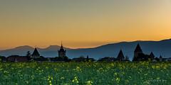 Coucher de soleil sur Estavayer-le-Lac (Switzerland) (christian.rey) Tags: sunset landscape suisse sony fribourg alpha paysage 77 coucherdesoleil vieilleville broye 1650 estavayerlelac