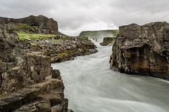 Jokulsa a fjollum (Einar Schioth) Tags: summer sky cliff cloud lake nature water clouds canon river landscape coast photo waterfall iceland rocks day outdoor ngc picture canyon sland nationalgeographic jkuls jokulsargljufur jokulsaafjollum rttarfoss rettarfoss einarschioth jokulsarthjodgardur