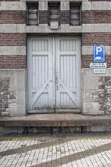 Deur_013 (R. Engelsman) Tags: door architecture rotterdam supermarket warehouse santos jumbo supermarkt deur pakhuis magazijn katendrecht rijksmonument