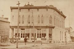 Graham Drugstore Corner, Early