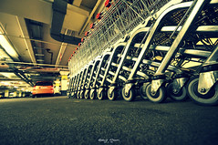 Shopping (graser.robert) Tags: park robert silver mall thringen photo blog nikon artist basket cross garage rder jena 2012 tiefgarage lightroom silber wagen skript burgau glanz graser shoipping parkgott camunderfoot