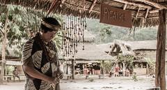 Ashaninka leader (ps.corvalan) Tags: portrait people retrato selva tribal perú personas ritual tribe cultura cultural tribu ashaninka