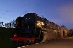 92220 'Evening Star' -  0Z00 - Quorn and Woodhouse Station, GCR - 30.01.2015(1) (Tom Watson 70013) Tags: winter light station star evening great central engine railway steam gala woodhouse quorn gcr 9f 92220 92214