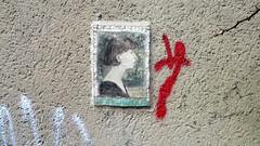 The Other Paris (Robert Saucier) Tags: red portrait paris wall rouge grey gris graffiti mural belleville tag mur murale lucsante img8720 theotherparis