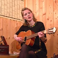 Greta Svabo Bech (Jan Egil Kristiansen) Tags: islands concert img2319 nlsoy gretasvabobech lvbeinrguitarsingerheimanlsoyheima 2016heimafestivalfaroe