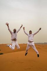 Jump (Dlirante bestiole [la posie des goupils]) Tags: sand middleeast alain saudiarabia dsert chanteur francophonie arabie enmarge