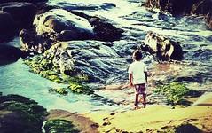 Relajo en Papudo (claudio.1994) Tags: chile light sea art beach water kids freedom natur joy playa shore papudo