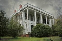 (SouthernHippie) Tags: old trees sky cloud white storm green abandoned rain clouds al antique decay empty south country alabama columns historic southern civilwar forgotten vacant americana antebellum plantationhouse