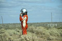 rally...esperando #RallyArgentino (liberusualis1) Tags: patagonia cars speed nikon desert rally racing driver desierto autos velocidad d3100
