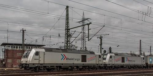 1849_Oberhausen_West_Mathilde_1285_115_1285_112_mit_Containerzug_Westen