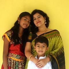 Malathi and the children (Nagarjun) Tags: kiran tatu kanishka kinu aluva takshila diwali2016