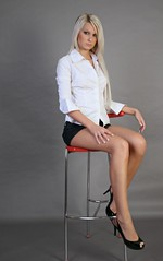 IMG_4771 (Ehrliche Aktfotografie) Tags: chair highheels skirt blouse nonnude