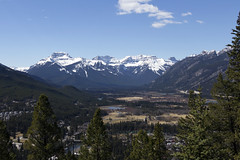Banff, Tunnel Mountain Hike, April 9 2016 (8)_e_apr_11_16 (Velates) Tags: canada mountains alberta rockymountains banffnationalpark