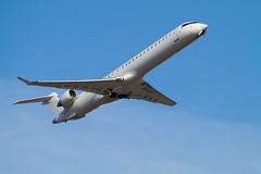 CRJ-900LR (AleGranholm) Tags: crj canadair planespotting helsinkiairport efhk cr9 crj9 crj900lr s5aav
