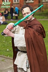 IMG_8949 (Neil Keogh Photography) Tags: fiction red brown white black anime green silver comics grey starwars belt beige pants robe top films science videogames button jedi sword scifi cape sciencefiction lightsaber buckle jediknight starwar jedimaster nwcosplayeastermeet2016