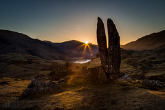 Dawn in the Valley of the Sun God (GenerationX) Tags: sky mist mountains rock sunrise landscape dawn scotland unitedkingdom scottish neil calm gb rays clearsky barr cleft glenlyon canon6d camusvrachan valleyofthesungod fionnsrock