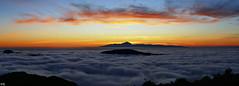 Le Teide depuis Grande Canarie - Espagne (Dmocrite, atomiste drout) Tags: crpuscule teide canaries espagne coucherdesoleil atlantique archipel merdenuage grandecanarie tnrife