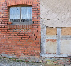 Brick wall, half-timbered wall (:Linda:) Tags: brick window germany thuringia peelingpaint halftimbered birkenfeld