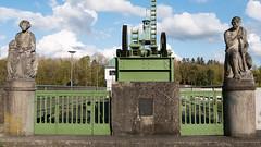2016-04-28-001-MaMa - Augsburg - Hochablass - 0219 - C00002 (mair_matthias_1969) Tags: statue fence de bayern deutschland lumix outdoor panasonic nophotoshop zaun augsburg g7 g70 mft hochablass nodirtytricks microfourthirds dmcg7 lumixg7 lumixg70 dmcg70 gvario14140f3556 ohneschmutzigetricks keineschmutzigentricks