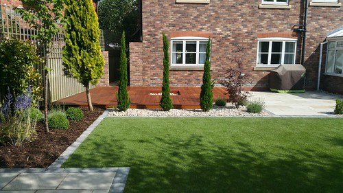 Landscape Gardening Wilmslow -  Decking Paving and Artificial Lawn Image 17