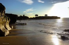 Carrelets de Saint Palais sur Mer (pierrotleloup) Tags: sea sun mer soleil roche lisse expositionlongue carrelet