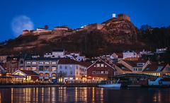 The fortress of Fredriksten at Halden Norway (rasanenj) Tags: lake ice norway canon landscape eos cityscape tamron fortress vc halden 50d 1750mm tamronspaf1750mmf28xrdiiivcasphericalif thefortressoffredriksten