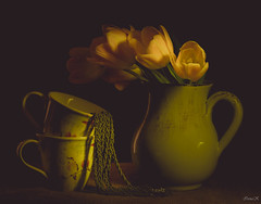 Lighten Up the Weekend (Vanili11) Tags: longexposure flowers stilllife green classic yellow tulips cups vaze somethinggreen friendlychallenges 52weeks2016 1152somethinggreen