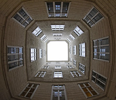 Symmetry (C_MC_FL) Tags: vienna wien city urban building window architecture facade canon photography eos austria sterreich pattern fotografie angle pov geometry fenster innenhof wideangle symmetry fisheye pointofview stadt architektur gebude muster fassade geometrie 10mm weitwinkel symmetrie stdtisch blickwinkel fischauge symmetrisch 60d