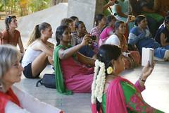 audience_2152 (Manohar_Auroville) Tags: girls dance women luigi tamilnadu auroville kolam fedele manohar tamilgirl tamilbeauty