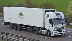 AO02 PZY (panmanstan) Tags: truck wagon motorway m18 yorkshire transport lorry commercial vehicle freight iveco langham
