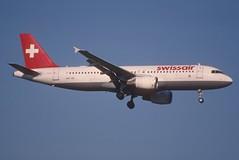 86bz - Swissair Airbus A320-214; HB-IJ