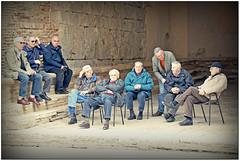 Social Point... (rogilde - roberto la forgia) Tags: street italy point italia meeting social siena toscana incontri meet loggia socialpoint socializzare conoscersi