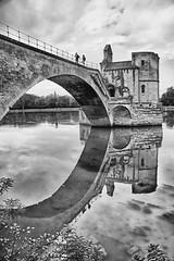 FRANA - Avignon - Pont Saint-Bnzet (Infinita Highway!) Tags: trip travel bridge white black france europa europe ponte pont provence avignon saintbnzet infinitahighway