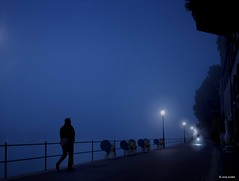 Meet me on the riverside (Ren Mollet) Tags: street blue bicycle silhouette fog night nightshot nacht earlymorning streetphotography basel 24 blau bluelight renmollet