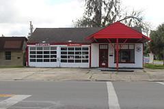 Former Service Station, US129, Fl26, Trenton (MJRGoblin) Tags: florida trenton 2016 gilchristcounty usroute129