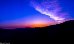 red to blue (Art Fiveone) Tags: leica mountain japan clouds landscape summicron  nara sihouette  wakayama  tanabe  totsukawa   morningglow     mtgomadan