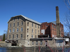 McArthur Mill and Island in Carleton Place, Ontario (Ullysses) Tags: ontario canada moulin spring mississippiriver knittingfactory printemps carletonplace woolenmill archibaldmcarthur mcarthurmill batesandinnis