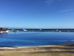 Water ad infinitum (Jacob Johan) Tags: bohol panglao 2016