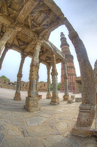Qutub Minar in a fish eye