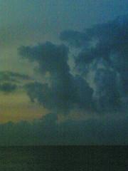 Dragon (Claude M.D.) Tags: cloud sunrise animal mythology clouds nuvola nuvole dragon drago sky ciel amanecer dawn