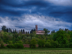 IMG_9026 (pinktigger) Tags: sky tree clouds landscape countryside italia country bluesky bluehour friuli fagagna utaly feagne