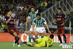 Betis - Barcelona 099 (VAVEL Espaa (www.vavel.com)) Tags: fotos adan bara rbb fcb betis 2016 fotogaleria vavel futbolclubbarcelona neymar primeradivision realbetisbalompie ligabbva luissuarez betisvavel barcelonavavel fotosvavel juanignaciolechuga