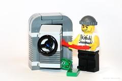 Safecracker | Lego (davehard74) Tags: game macro lego safe burglar gioco cassaforte scassinatore