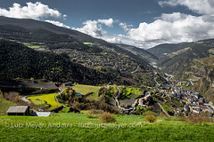Andorra rural: Sant Julia, Gran Valira, Andorra (lutzmeyer) Tags: pictures panorama mountains primavera nature rural sunrise landscape photography spring montana europe photos pics natur abril natura paisaje images berge fotos valley april ciclista landschaft sonnenaufgang andorra bilder imagen pyrenees springtime overview iberia frhling montanas pirineos pirineus bersicht iberianpeninsula gebirge paisatge pyrenen imatges muntanyes frhjahr berblick granvalira certes gebirgszug iberischehalbinsel sortidadelsol santjuliadeloria rutaciclista canoneos5dmarkiii santjuliadeloriaparroquia certers lutzmeyer lutzlutzmeyercom certescerters