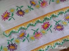 KikaBordados Kika  Krauss 044 (Kika Bordados by Angelica Krauss) Tags: flowers flores handmade embroidery crochet towel artes emboidery artesanatos croche embroider toalhas feitoamo feitomo kikabordadoskikakrauss